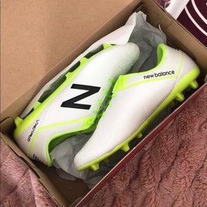 Mens new balance soccer cleats